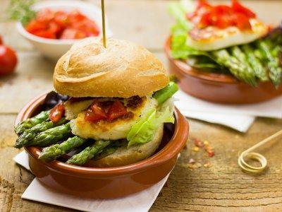 Cómo cambiarse a una dieta vegetariana de manera saludable