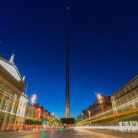 Dublín no duerme: vibrante time lapse nocturno de la ciudad