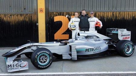 El Mercedes GP W02 se convierte en el segundo Fórmula 1 de 2011 en pasar los crash-test de la FIA