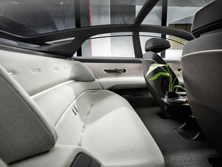 Audi Grandsphere Concept 2021 006