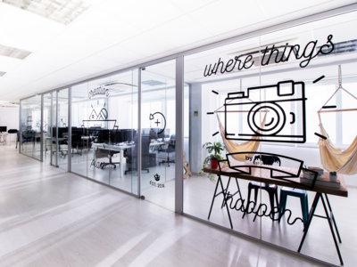 Espacios para trabajar: las ilustradas y acogedoras oficinas de Freepik
