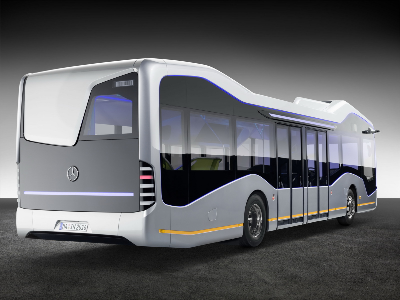 Foto de Mercedes-Benz Future Bus (27/36)