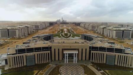 La nueva capital de Egipto parecía una ambiciosa utopía. A día de hoy está bastante aterrizado