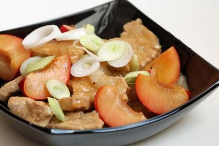 Receta de cerdo con salsa de ciruelas