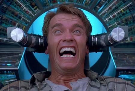 'Desafío Total': cómo Paul Verhoeven camufló de blockbuster de ciencia ficción la película más marxista de la historia de Hollywood