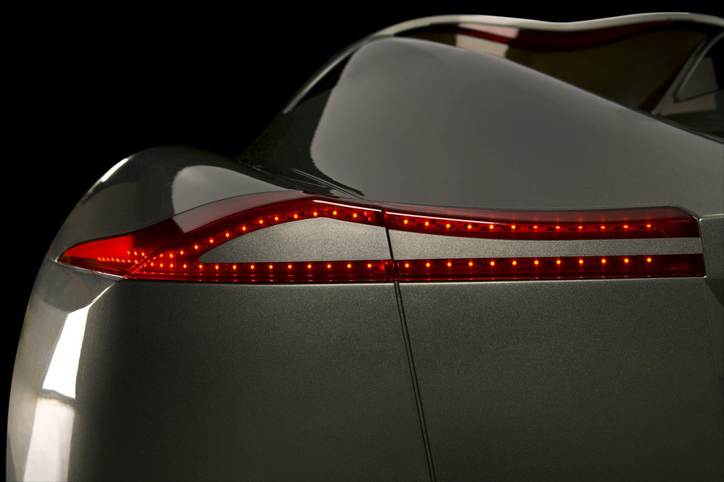 Foto de Koenigsegg Quant (6/24)