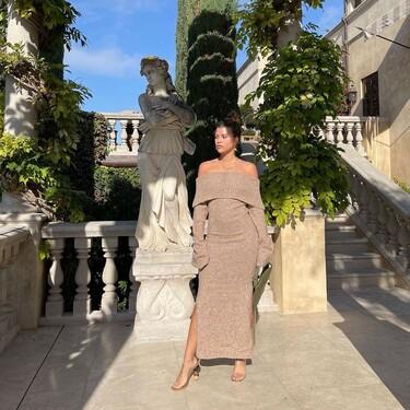 Si quieres apuntarte a la moda comfy pero sin perder elegancia, Sofia Richie tiene el look perfecto: un maxi vestido de lana