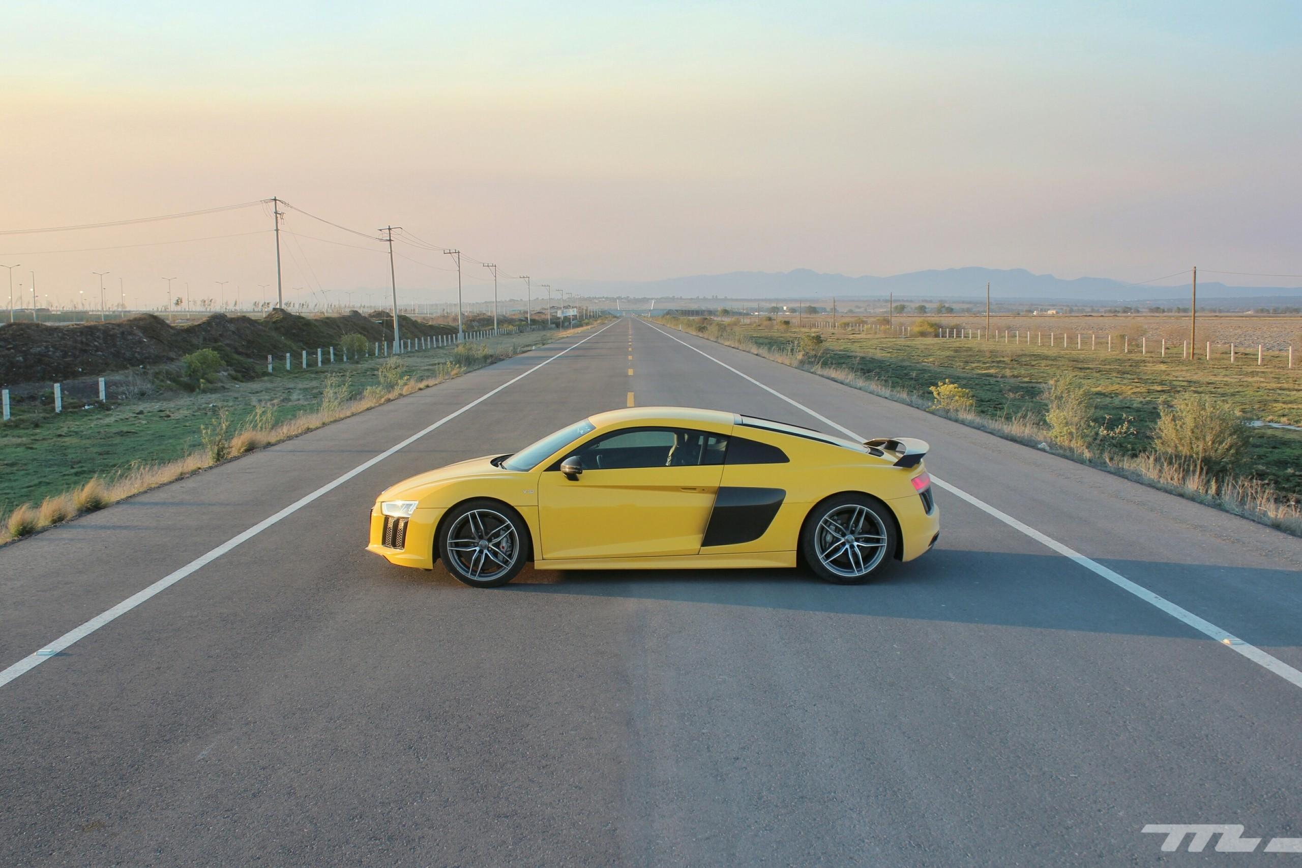 Foto de Audi R8 V10 Plus (27/36)