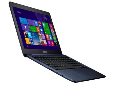 Asus en IFA 2014: un EeeBook por 200 euros y el portátil QHD de 13 pulgadas más delgado del mercado