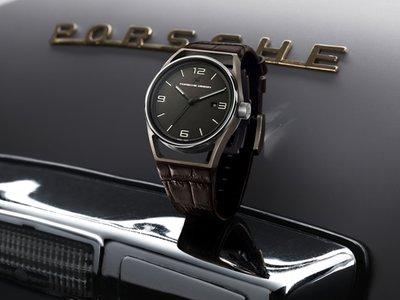 Diseñado en Austria. Hecho en Suiza. Reloj 1919 Eternity de Porsche Design
