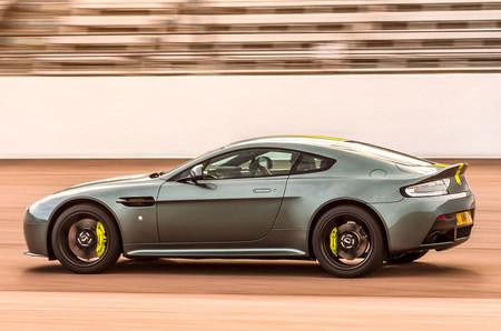 Aston Martin Vantage Amr 2017 1