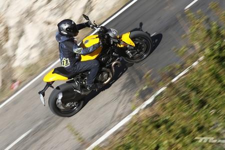 Ducati Monster 821 020