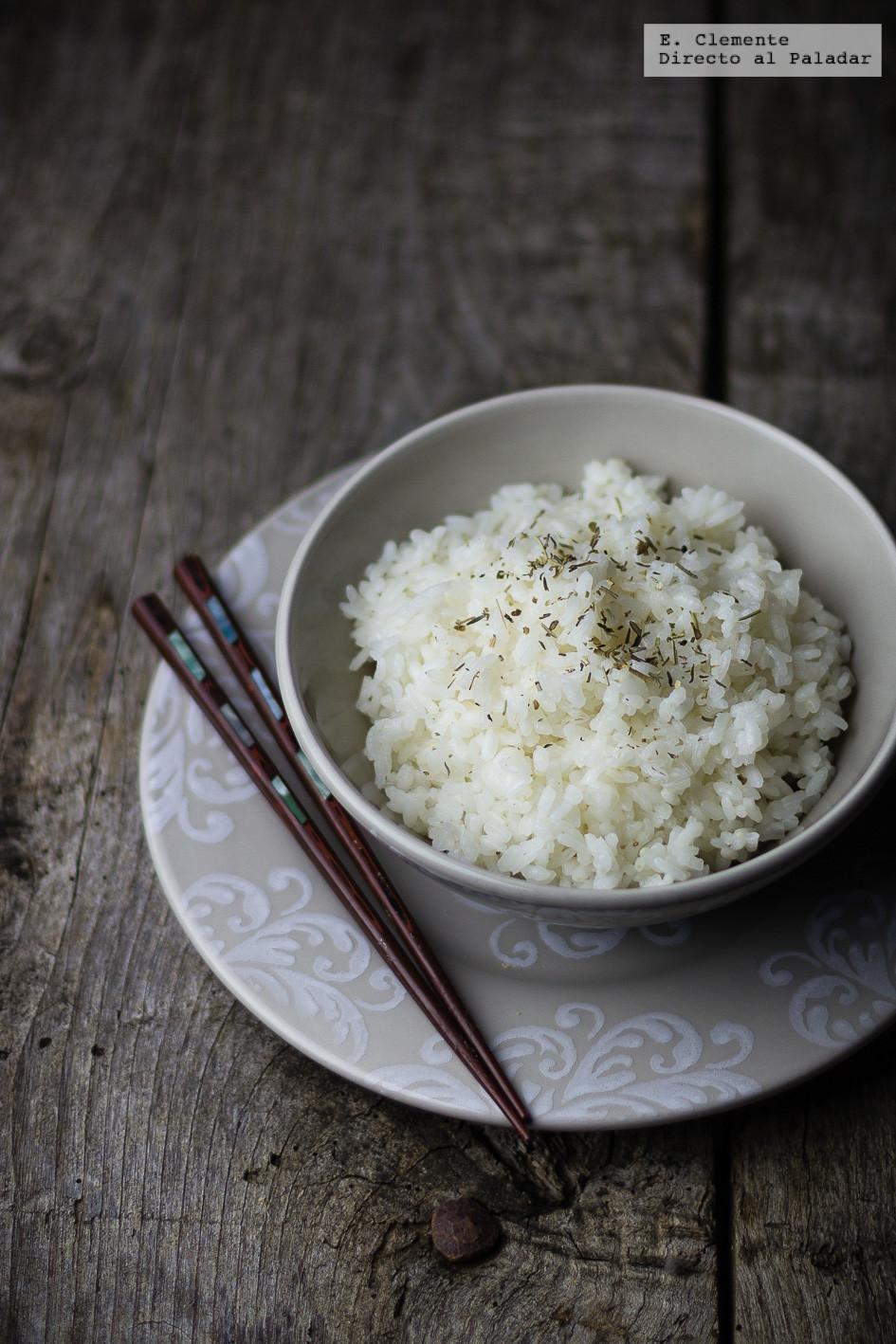 Cómo hacer arroz en blanco al microondas. Receta