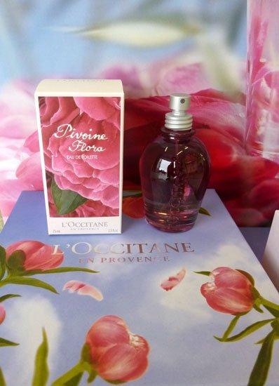Pivoine Flora, la novedad en perfumería de L'Occitane para Primavera-Verano 2011. La probamos