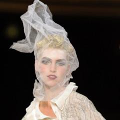Foto 13 de 16 de la galería john-galliano-primavera-verano-2011-en-la-semana-de-la-moda-de-paris en Trendencias