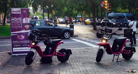 Ya hay 1.000 usuarios compartiendo la moto eléctrica de Motit en Barcelona