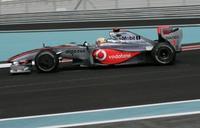 Pole para Lewis Hamilton en Abu Dhabi