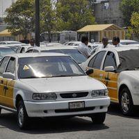 """""""La ley permite aumentar nuestras tarifas sin regulacion"""", taxistas sancionados por Cofece buscarán amparo"""
