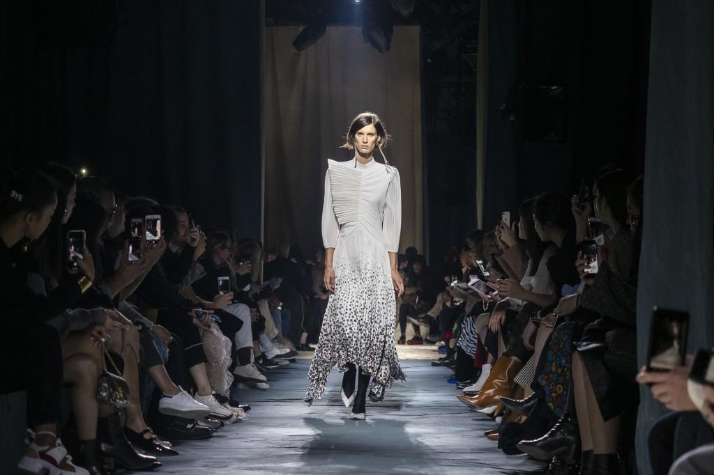 Foto de Givenchy primavera 2019 (65/73)