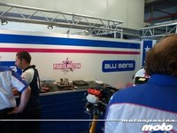 MotoGP España 2011: una visita al box del Paris Hilton Racing Team
