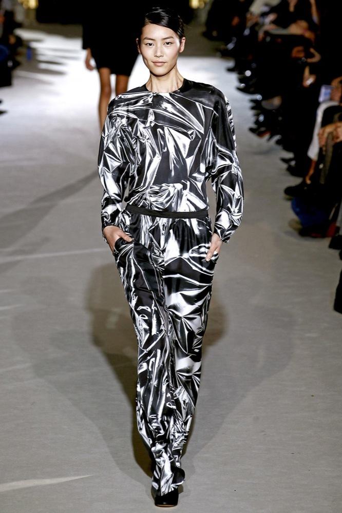 Foto de Stella McCartney Otoño-Invierno 2011/2012 en la Semana de la Moda de París:  (11/25)
