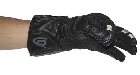 BEARTek: controla tu smartphone desde los guantes de la moto
