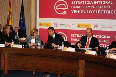 Nuevo espaldarazo del Gobierno al coche eléctrico