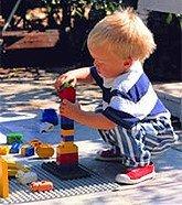 El juego de los bloques podría desarrollar con más rapidez el lenguaje en los niños