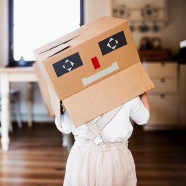 Manualidades con niños: más de 17 ideas para hacer juegos caseros con material reciclado