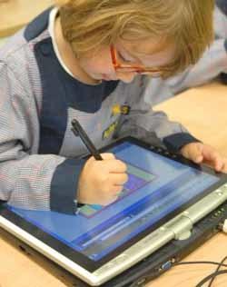 Tablet PC para enseñar a niños de 3 años