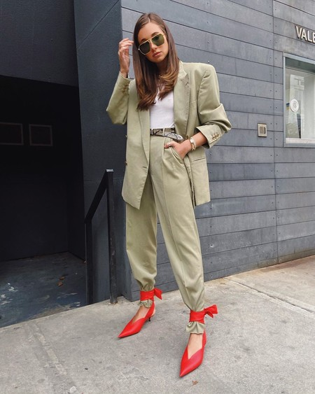 Street Style Sandalias Tobilleras Encima Pantalon 03
