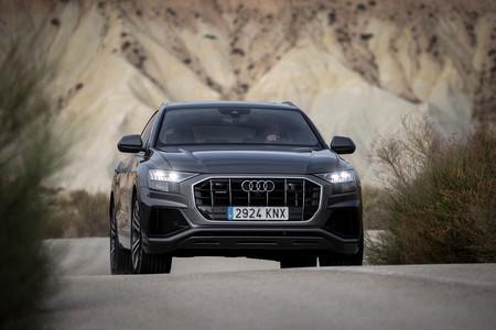Audi Q8 frontal