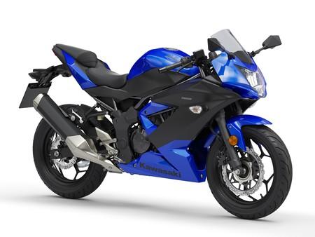 Kawasaki Ninja 125 2019 045