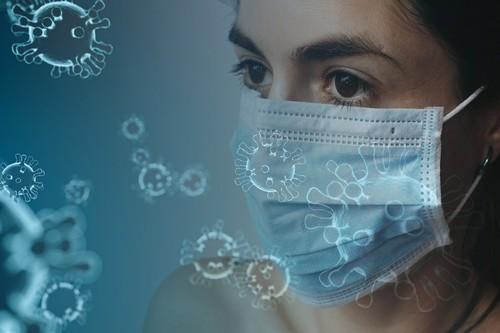 Google, Facebook y Microsoft se afanan en ofrecer más información sobre el coronavirus mientras los bulos siguen propagándose