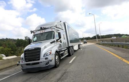 Los camiones autónomos de Daimler ya son una realidad: se están probando en las carreteras de Virginia