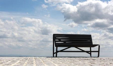 Bancos flexibles, modernizando los muebles de exterior