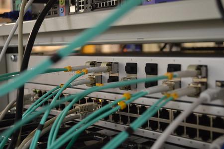 Cómo un error en la configuración de red de una pequeña empresa en EEUU tumbó Cloudflare, Facebook, Amazon y otros a nivel global