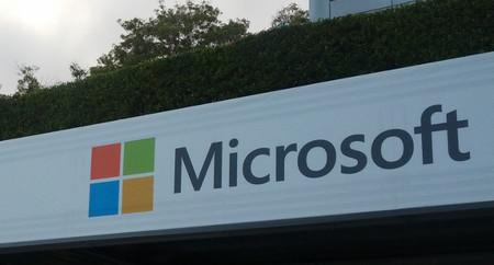 Microsoft reduce ingresos y beneficios, en parte por los ajustes en el inventario de Surface RT