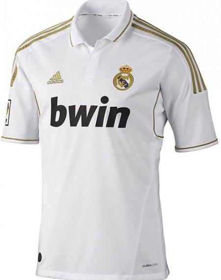 Ya está a la venta la nueva camiseta del Real Madrid para la temporada 2011-2012
