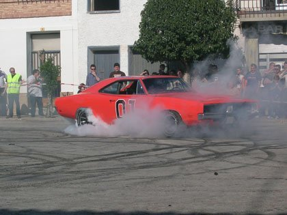 1969 Dodge Charger General Lee Burnout