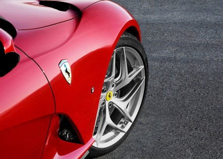 Ferrari 812 Superfast 2018 1600 31