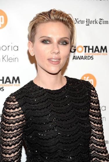 Sobre cuando Scarlett Johansson decidió marcarse un Kristen Stewart en los premios Gotham 2014