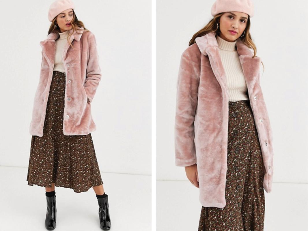 Abrigo de piel sintética color blush de QED London