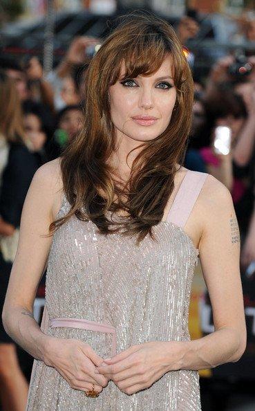 Angelina Jolie premiere Salt, peinado