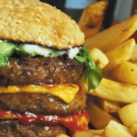 """Una dieta rica en grasas descontrola el """"reloj biológico"""""""