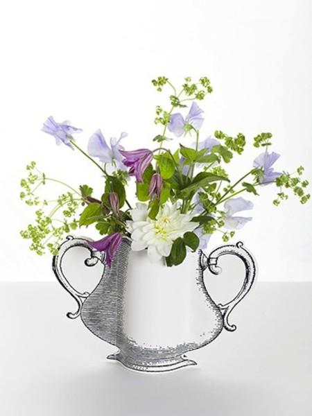 estos jarrones de papel silueta han sido diseados para meter un tarro de cristal en su interior y poder colocar as flores frescas tambin flores secas