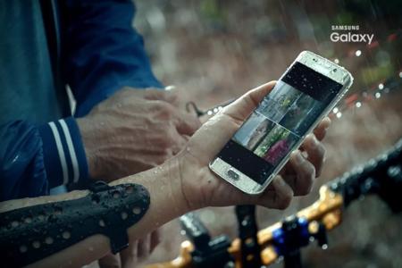Samsung Indonesia enseña en vídeo un Galaxy S7 resistente al agua, carga de forma inalámbrica