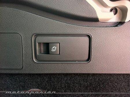 Opel Astra Sport Tourer detalle maletero-04