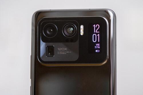 Pantalla trasera del Xiaomi Mi 11 Ultra: te contamos todos sus secretos y funciones al detalle