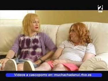 Francis Bean Cobain, echen a mamá de Twitter